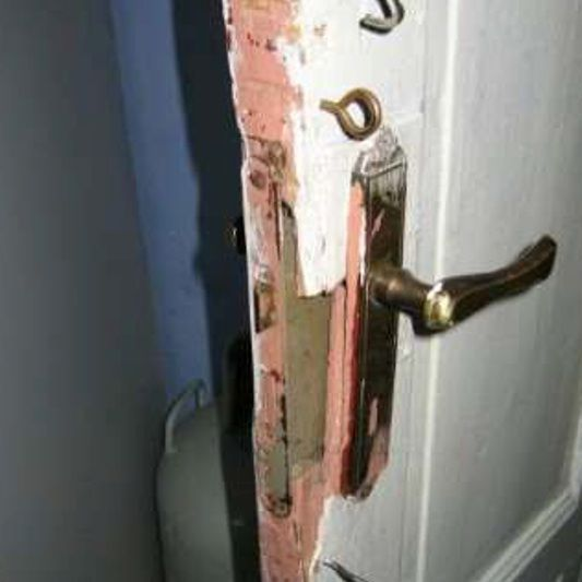 Damaged latch entrance door
