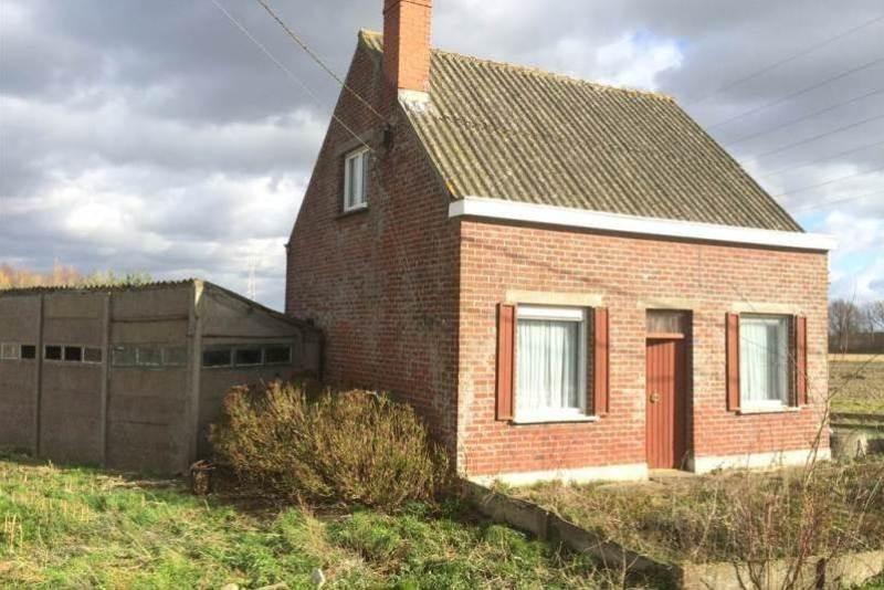 Zu renovieren offenen ländlichen Wohnung