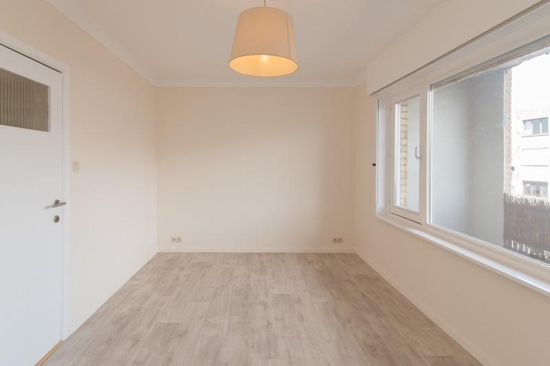 Supersichere und schicke Dachwohnung mit einem Schlafzimmer