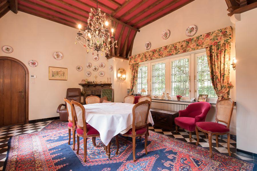 Perfekt gepflegtes historisches Landhaus